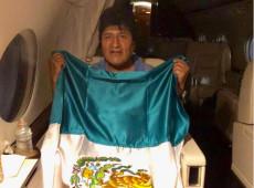 Morales parte para asilo no México: 'Em breve, voltarei com mais força e energia'