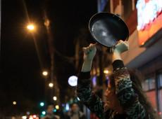 Após greve geral histórica, colombianos fazem panelaço contra governo de Iván Duque