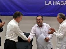 Em dia histórico, Colômbia se prepara para acordo final de paz entre governo e FARC
