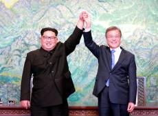 Coreias reforçam compromisso com desnuclearização