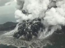 Número de mortos em tsunami na Indonésia ultrapassa 400