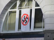 Cidade do leste alemão declara 'emergência nazista'