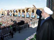 Irã anuncia descoberta de imenso campo de petróleo