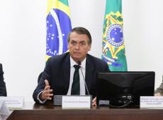 Le Monde chama tuíte de Bolsonaro sobre carnaval de 'bomba escatológica'