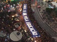 'Protestos massivos', diz Página/12 sobre manifestações contra cortes na educação; veja repercussão