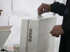 Sem Legislativo há quatro meses, Peru vai às urnas para escolher novo Congresso