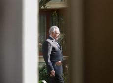 Ex-presidente Michel Temer se entrega à PF após determinação da Justiça