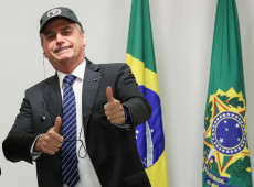 'Bolsonaro é incapaz de construir discurso coerente', dizem especialistas franceses