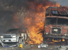 Somália conta pelo menos 315 mortos em ataques em Mogadíscio