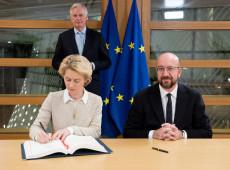 Líderes da União Europeia assinam acordo do Brexit