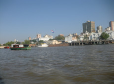 Cheia histórica do rio Paraguai mata 16 e deixa 240 mil desabrigados