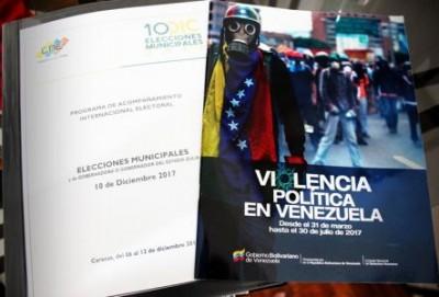 Observadores receberam publicação com análise profunda sobre as 'guarimbas' do primeiro semestre de 2017. Foto: Felipe Bianchi